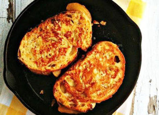 Delicious And Quick French Toast Recipe To Cook At Home