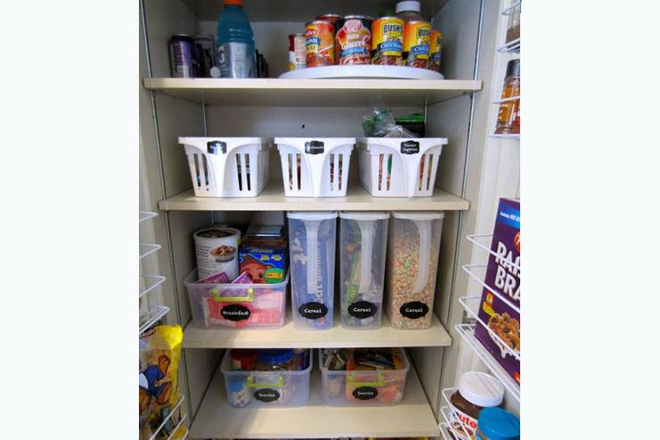 Organize-Deep-Pantry-Shelves