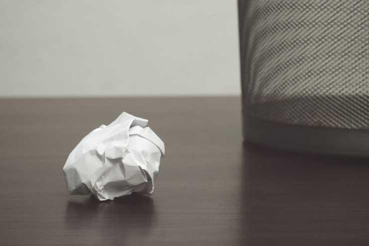 Paper-Toss