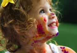 Ways-to-raise-happy-kids