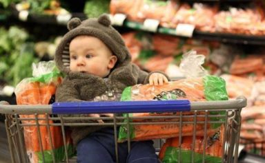 Tips-to-Grocery-Shop-With-a-Baby