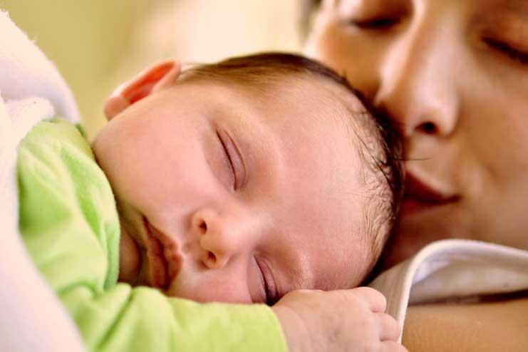parents-of-2-week-old-babie