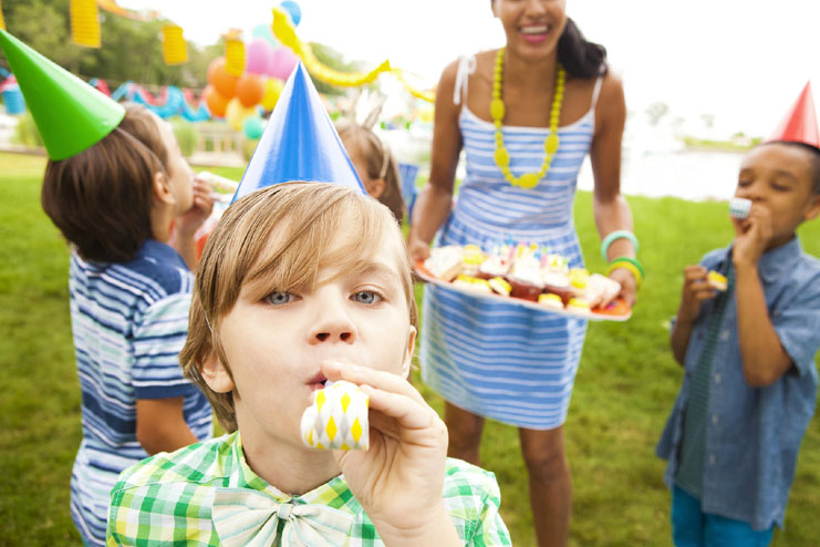 Tips For Throwing An Eco-Friendly 1st birthday Party Of Your Kids