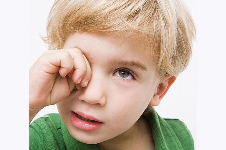 Causes-of-Pink-Eye-in-Child