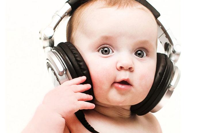 Baby-hearing-development