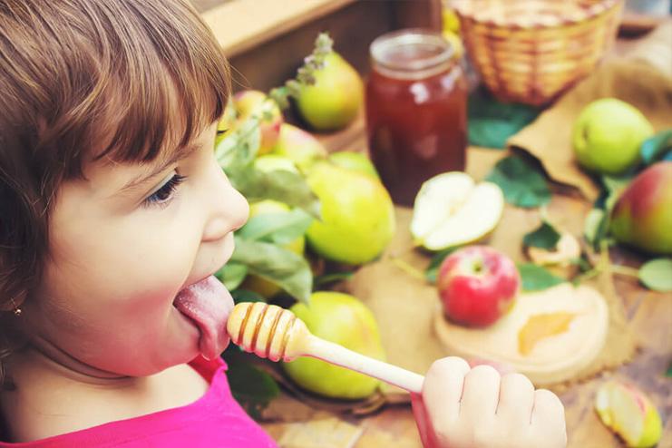 Honey-Benefits-for-children