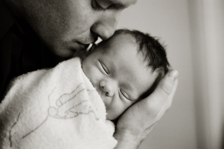 Comforting-Measures-for-the-1-week-old-baby