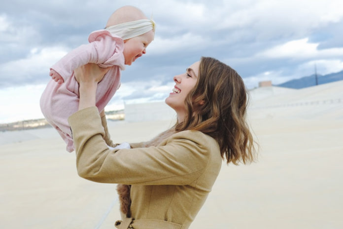 Signs-that-your-baby-loves-you