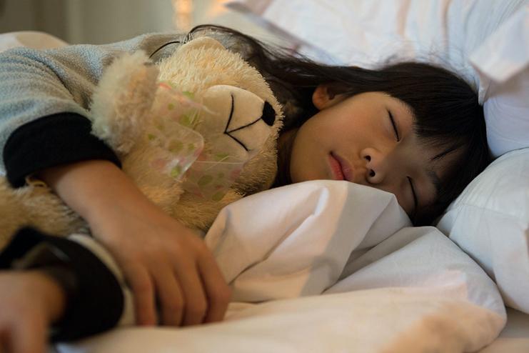 Ways-to-Stop-Sleepwalking-in-Toddlers
