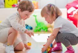 Teach-your-toddler-to-share