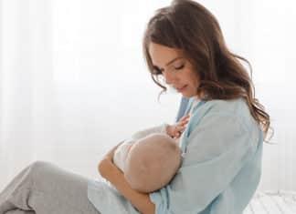 Strep-throat-while-breastfeeding