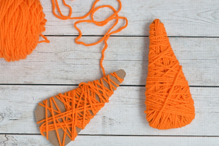 Yarn-wrapped-carrots